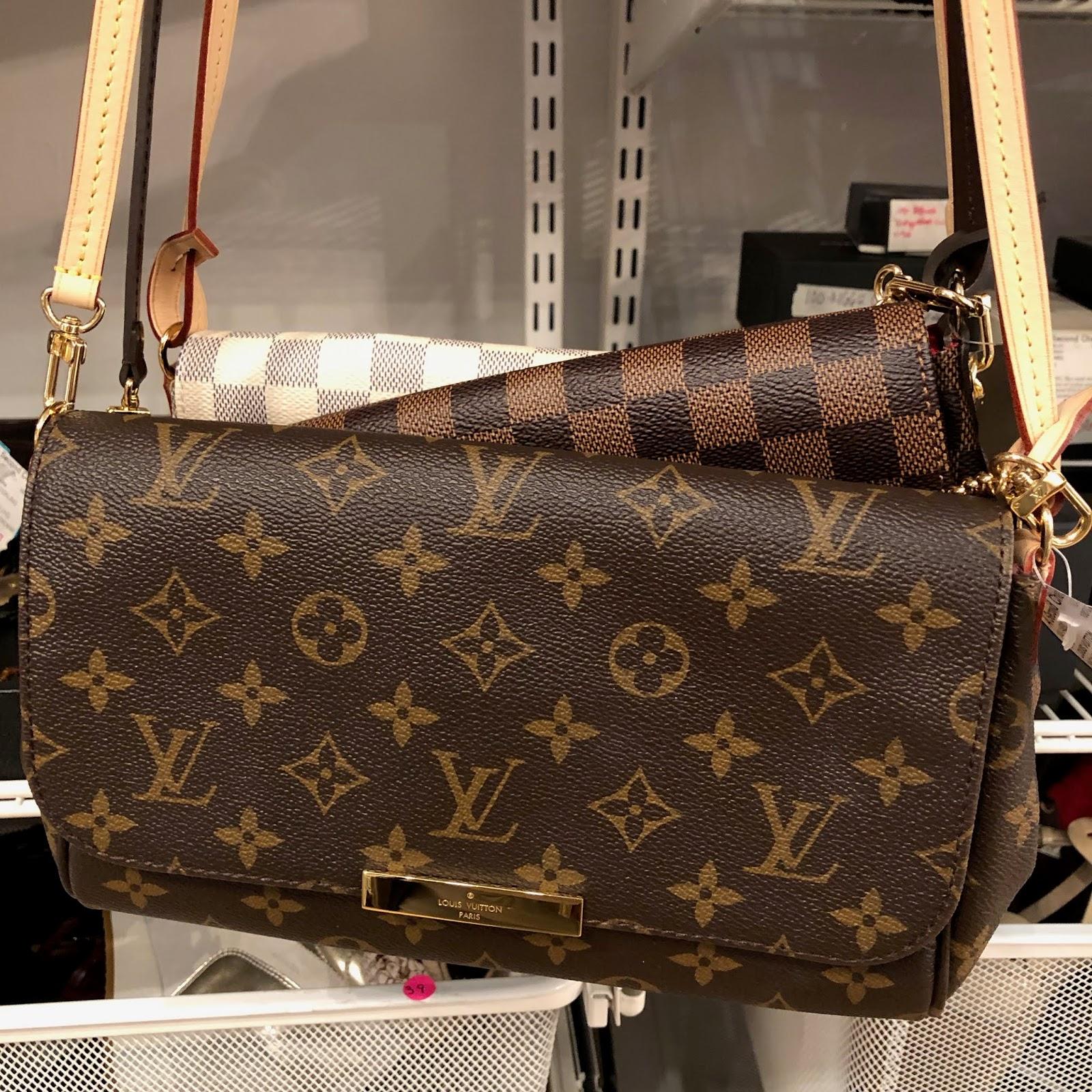 39d40c03b860 Bottom  Louis Vuitton Vintage Damier Ebene Coated Canvas Venice PM Sac Plat  Handbag