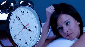 Por qué nos está costando dormir?
