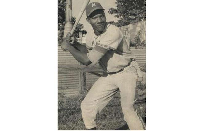 Walters resultó el primer líder de bateo de las Series Nacionales al compilar 367 (79-29) en 1962