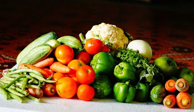 o poder medicinal das ervas, plantas e frutas