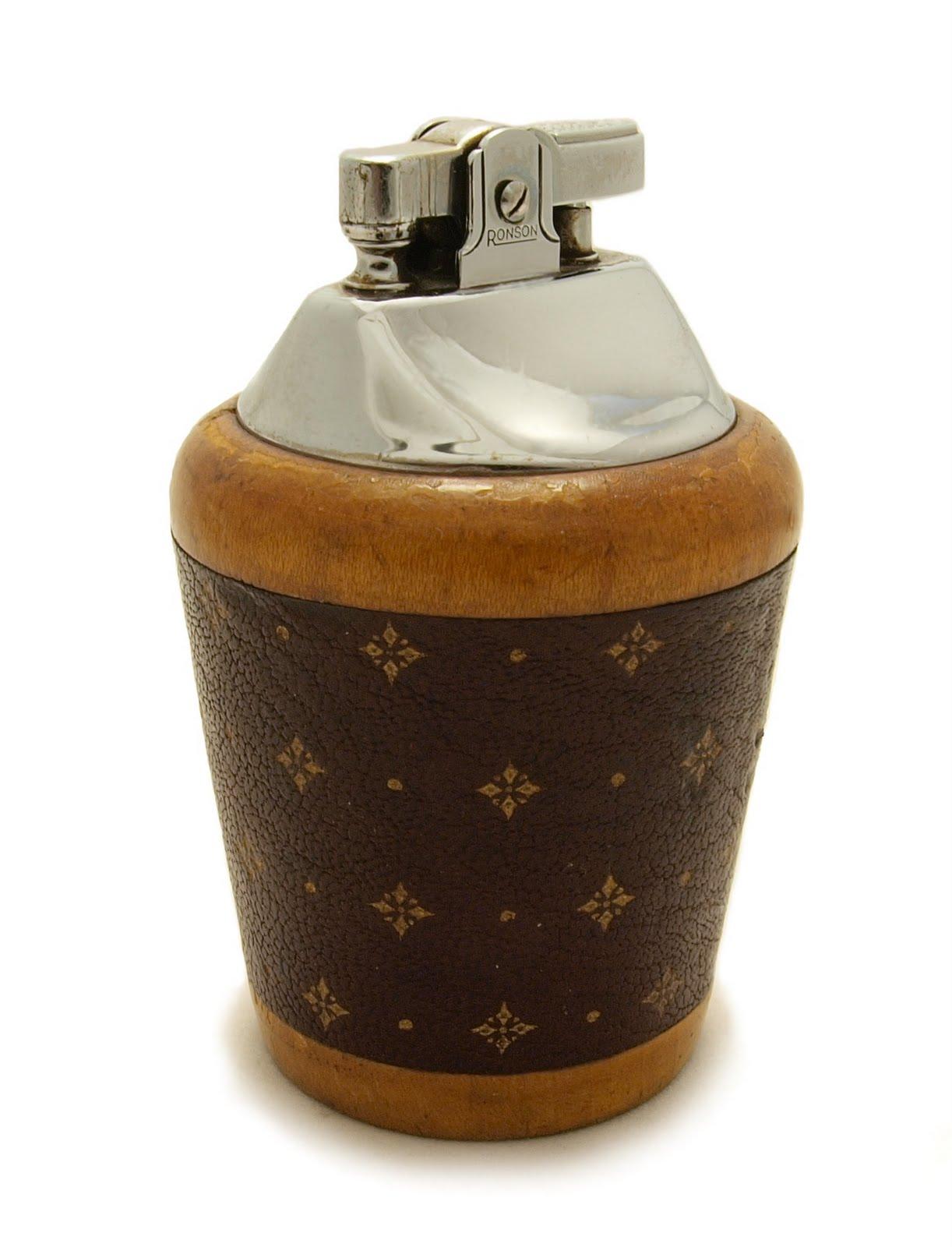 Ronson Moderna Venetian Table Lighter 1954