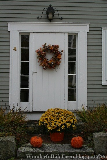 Wonderful Life Farm Autumn Front Doors In New England