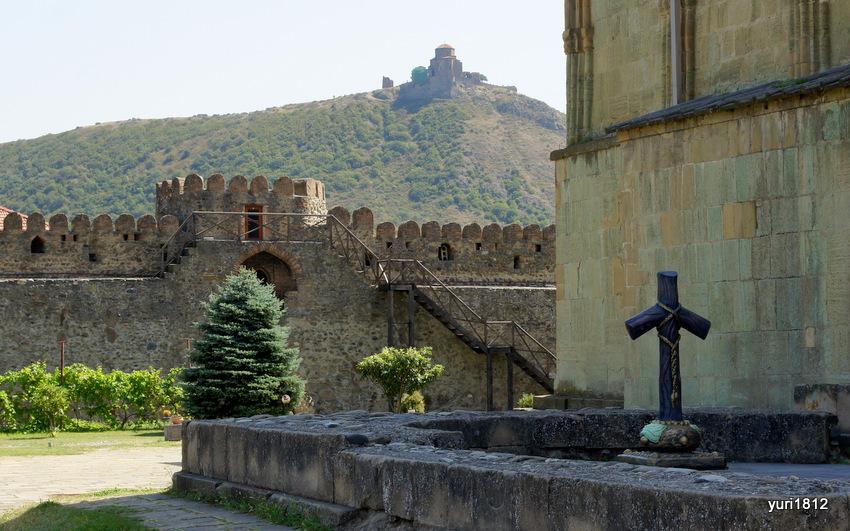 Монастырь Джвари, храм Светицховели