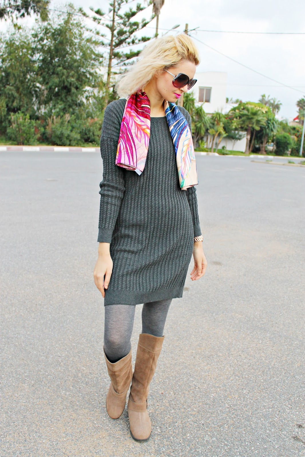 b1c68b8985680 Sweater dress and a VèVèlle Scarf