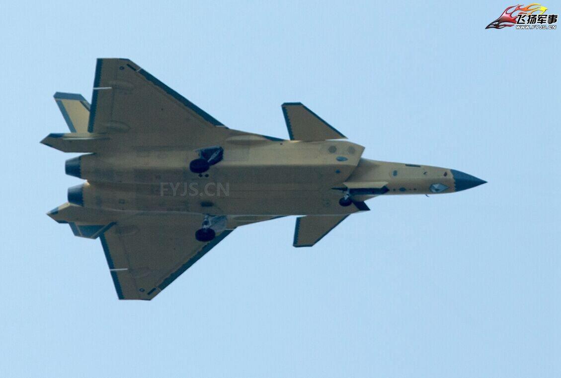 j-20-pro05.jpg
