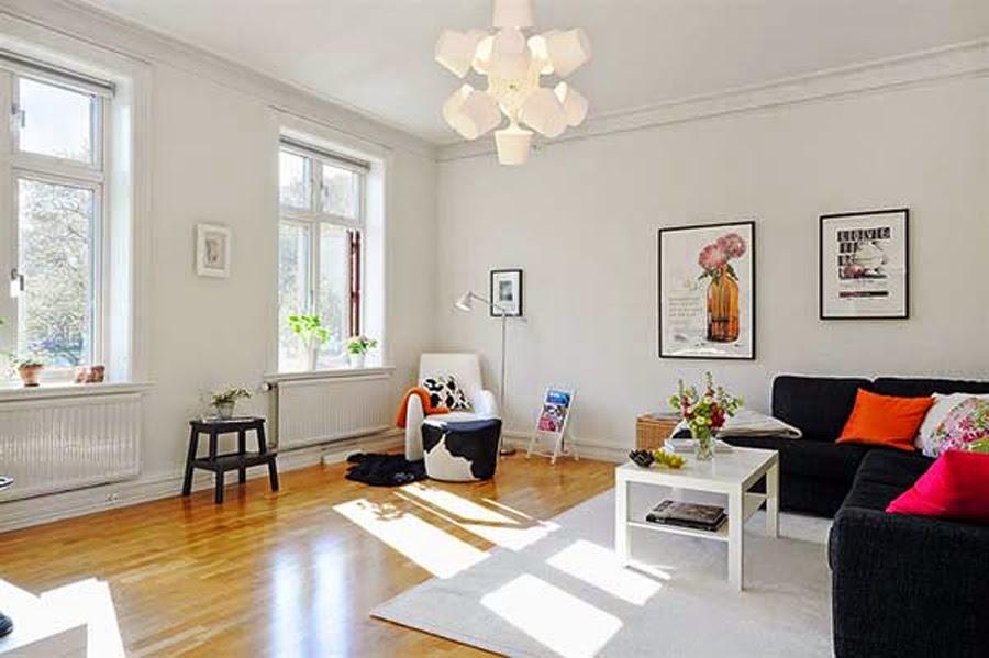 Pada Gambar Diatas Terlihat Warna Yang Dominan Adalah Putih Namun Dikarenakan Adanya Furniture Berwarna Hitam Serta Lantai Elat Membuat Ruang