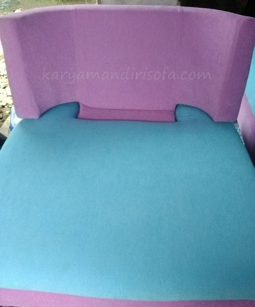 sofa ruangan tamu