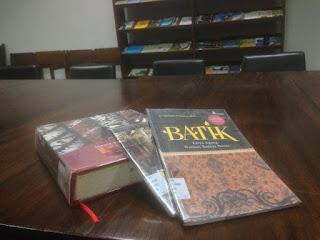 buku batik