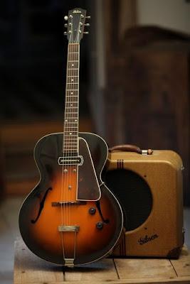 Cây guitar điện Gibson ES-150, cây đàn khởi đầu huyền thoại cho dòng guitar điện