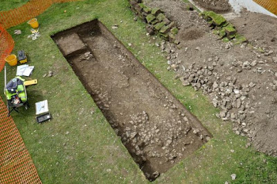 British man finds Roman villa in his backyard