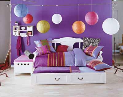 Princesse chambres à thème sont très populaires surtout avec les petites filles mais un jeu de couleurs princesse peut aussi être faite pour convenir à