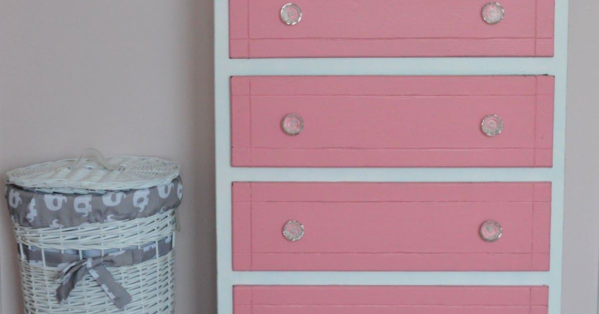 Loving Life: Refinished Pink and White Dresser
