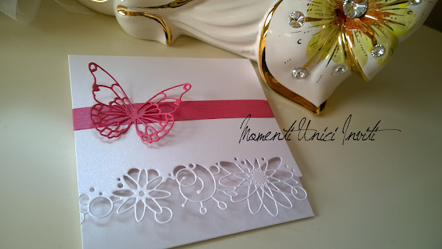 1d Si lavora alle partecipazioni dei nostri cari futuri sposini... oggi per Alice e Mauro :)Colore Bianco Colore Fucsia Partecipazioni Pocket Tema Farfalle
