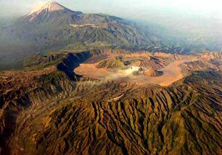 Paket Wisata Gunung Bromo Tour Travel