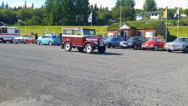 מפגש מכוניות עתיקות