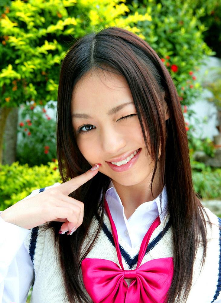 японскую девушку жестко тому чувствовал ввел