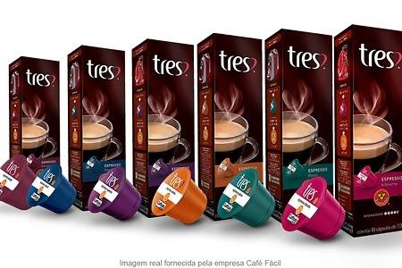 Resultado de imagem para cafe tres coraçoes logo