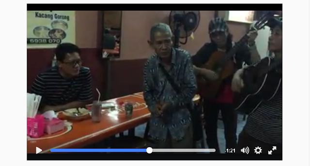 VIDEO: Suara Emas Kakek ini Bikin Krishna Murti Kagum