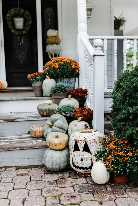 pumpkins on front porch