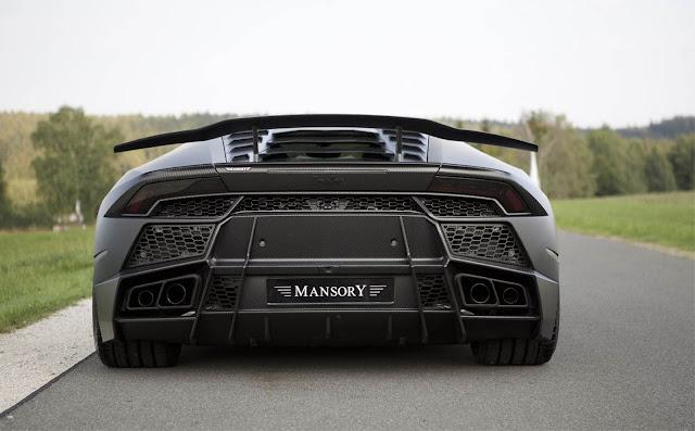Lamborghini Torofeo von hinten, Carbon überall
