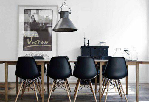 decoração com cadeiras pretas