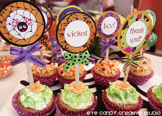 halloween cookies, cupcake toppers, wicked, boo, thank you, cupcakes