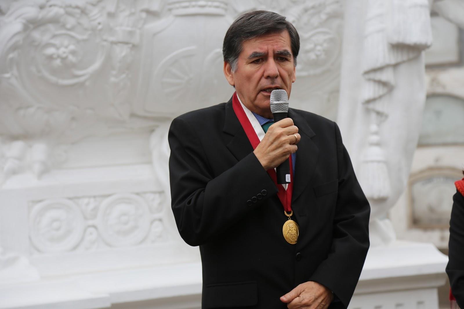 UNI realiza romería y ofrenda floral en honor al ingeniero Eduardo ...