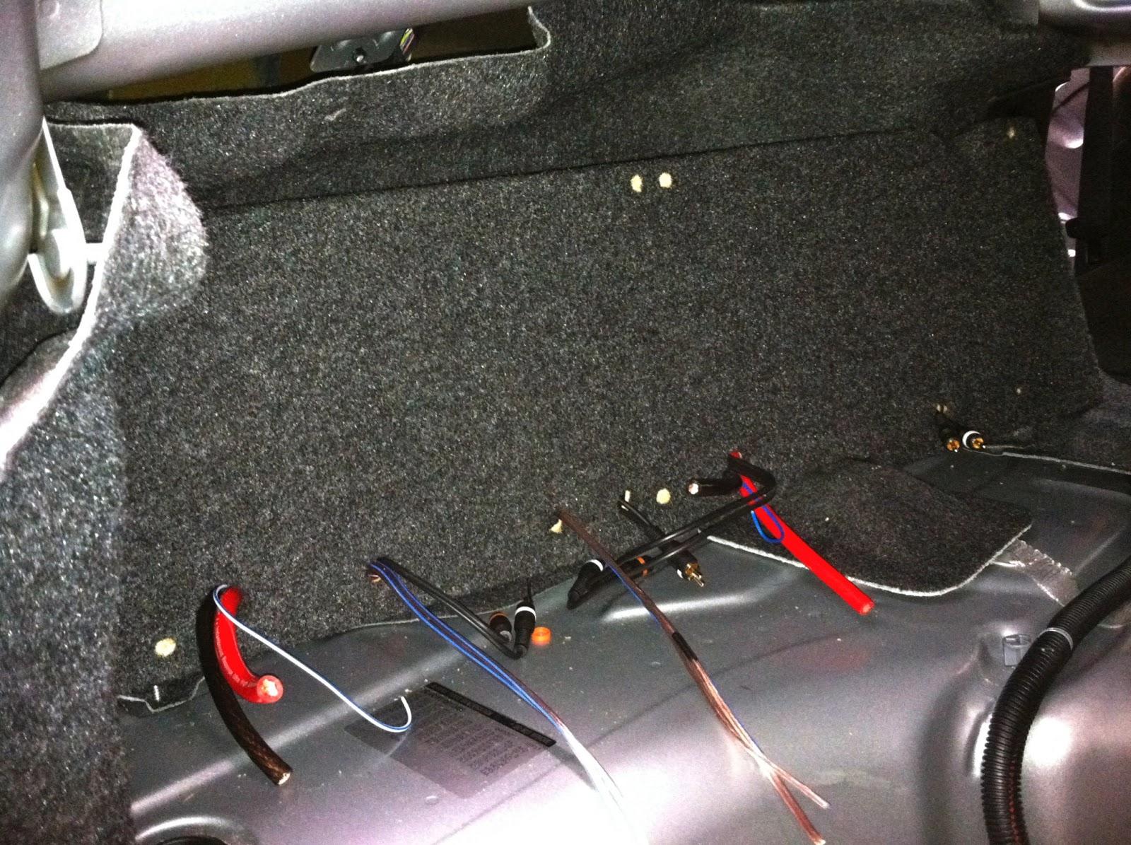 2012 chevy camaro aftermarket amp sub install [ 1600 x 1195 Pixel ]