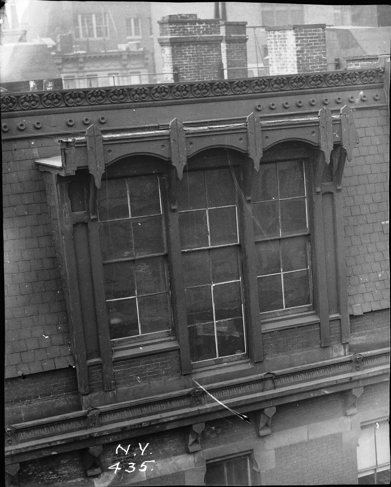 Daytonian In Manhattan: The Lost Stuyvesant Apartments