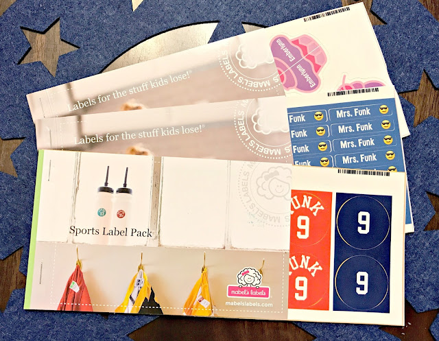 Mabels labels review, mabels labels 2017 giveaway, mabels labels back to school 2017 giveaway, mabels labels in action, mabels labels Back to school, Mabels labels sports pack, Mabels labels shoe stickers, preschool shoe stickers, how to teach your preschooler to put their shoes on the right feet, stickers for shoes