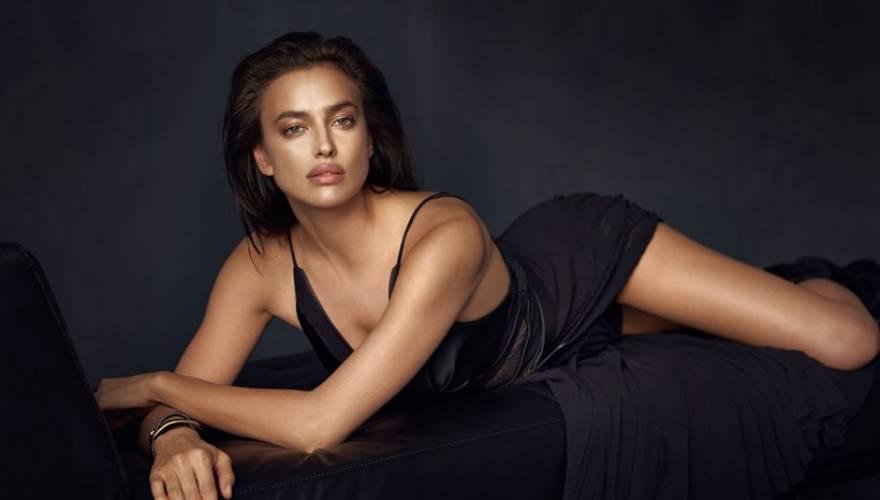 4cbb1e69153 Η Ιρίνα Σάικ φωτογραφίζεται για εταιρία ρούχων και αποδεικνύει, για ακόμη  μία φορά, πως δεν συγκαταλέγεται τυχαία στη λίστα με τις πιο όμορφες και  σέξι ...