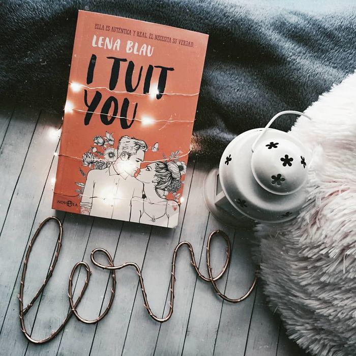 Foto del libro I tuit you de la autora Lena Blau