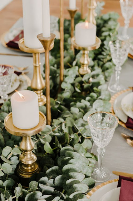eucalyptus wedding table decor