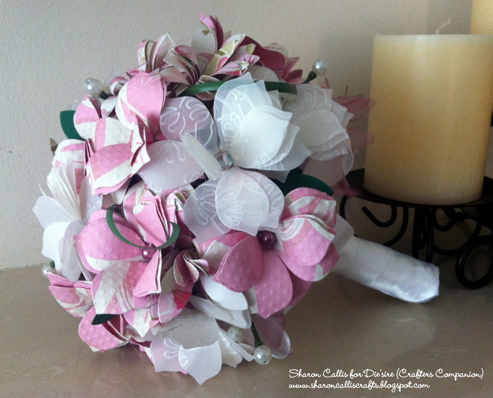 40 Zuchtperle Imitat Creme Blume Acryl Cabochon 11mm Kunststoffperlen R252