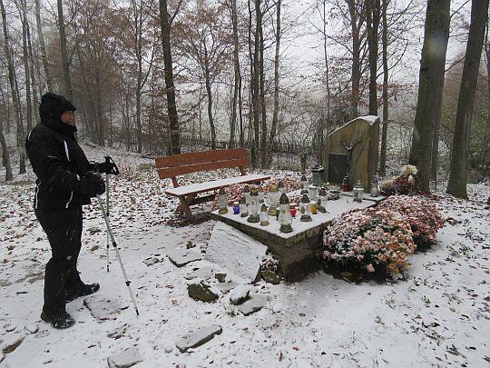 Grób o. Andrzeja Hołowatego.