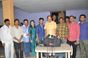 VenkaiahNaidu Watches Chuttalabbayi Movie-thumbnail-5