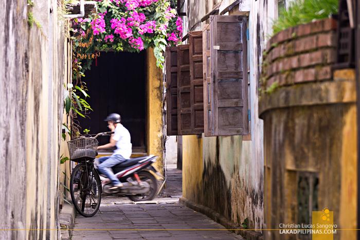 Hoi An Ancient Town Vietnam Alleys