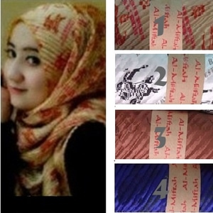 Model Pashmina Satin Burberry