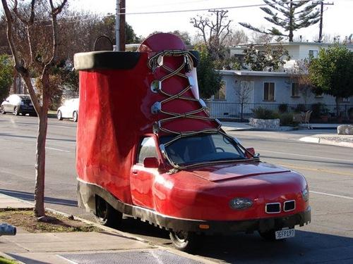 اغرب سيارت في العالم shoecar.jpg