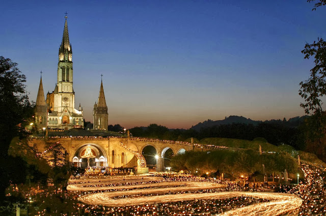 Viajar de trem de Paris a Lourdes