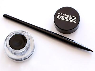 Manfaat Eyeliner Bagi Tampilan Wajah