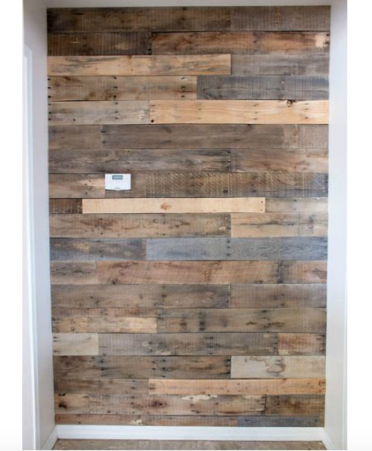 wood pallet wall inspiration