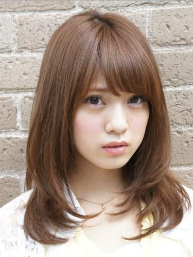 10 Model Trend Rambut Pendek Untuk Wanita Tubuh Gemuk ...