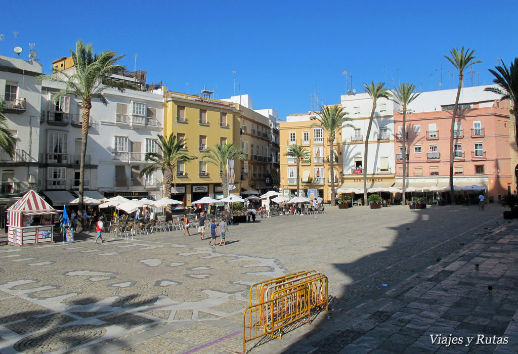 Plaza de la catedral de Cádiz