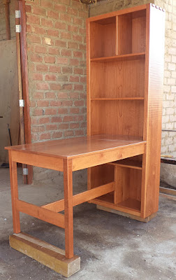 Escritorio biblioteca de madera