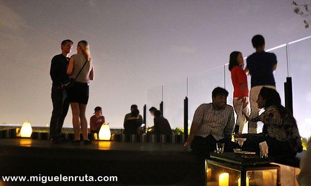 Terraza-Skye-Bar-Yakarta