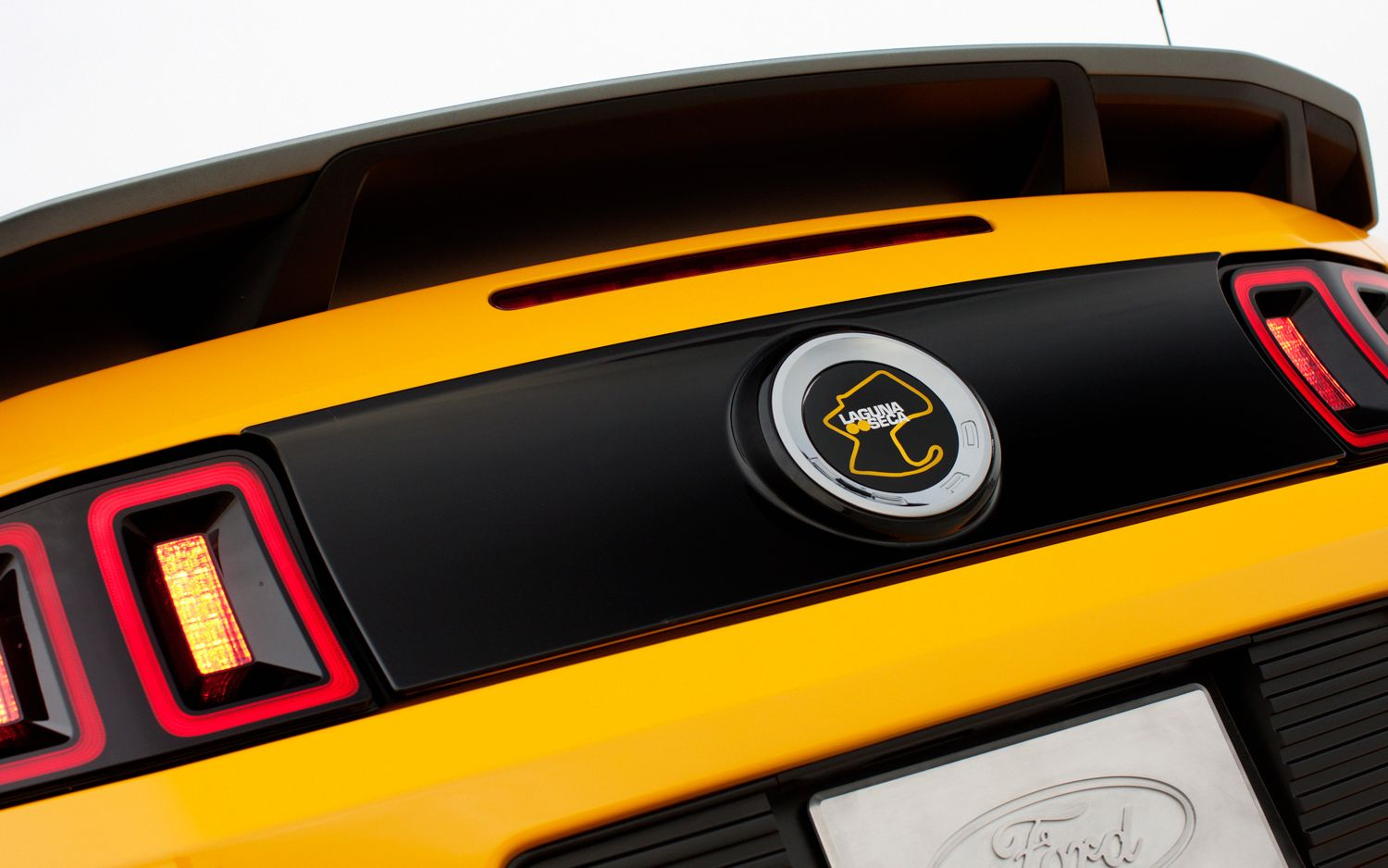 Cars Next 2013 Ford Mustang Boss 302 Wallpapers
