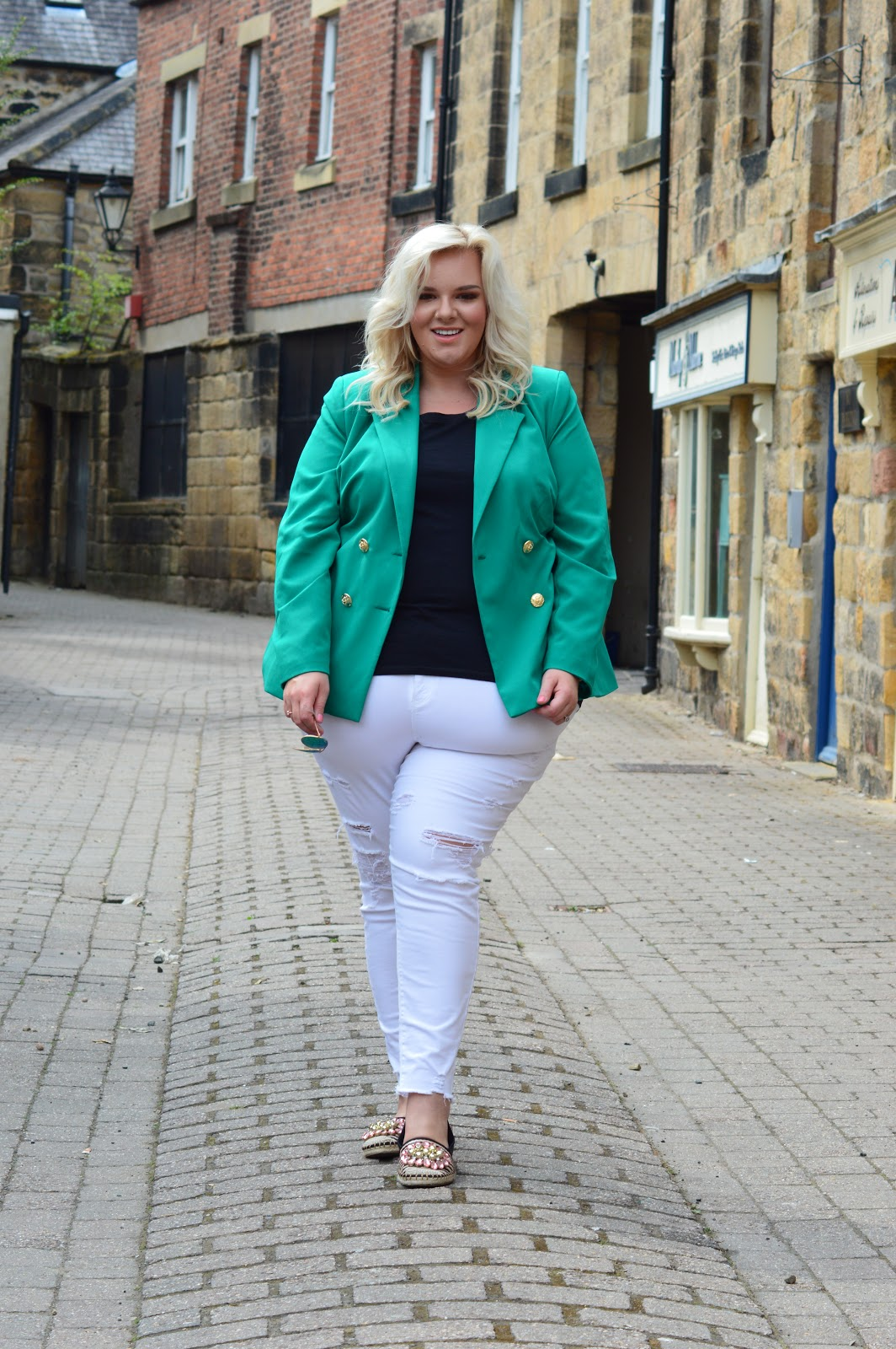 Why Every Woman Needs A Statement Jacket In Her Wardrobe by Plus Size Body Confident Blogger WhatLauraLoves