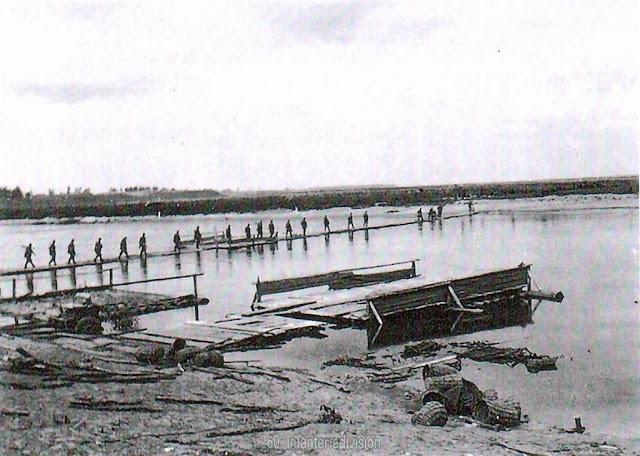 German Dneipr River crossing, 13 August 1941 worldwartwo.filminspector.com