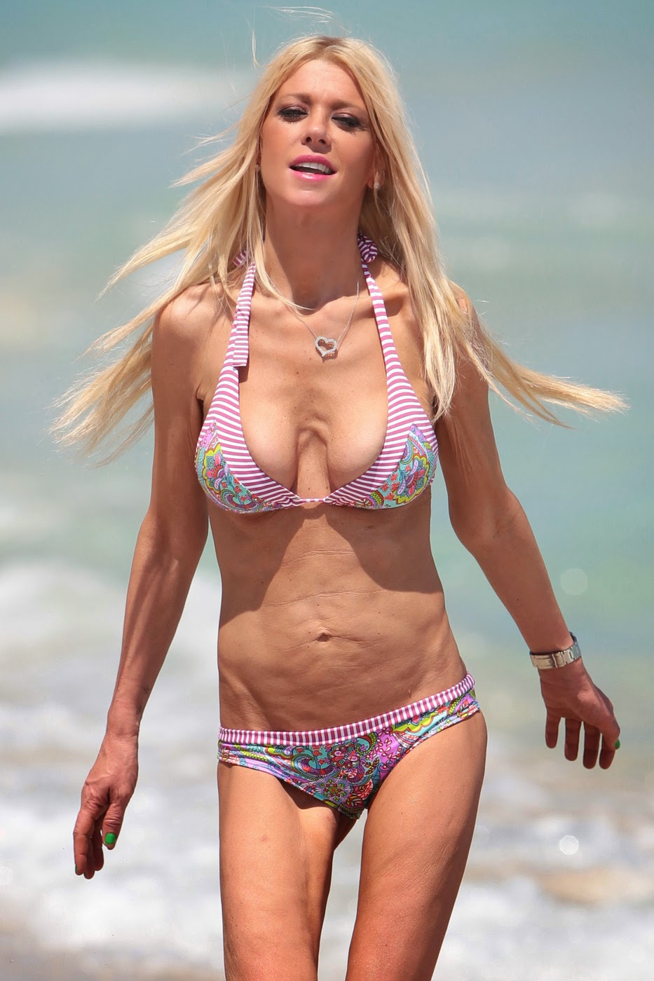 Tara Reid Bikini Pictures Are Interesting